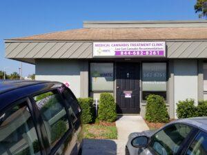 Lakeland FL medical marijuana physician sign and entrance